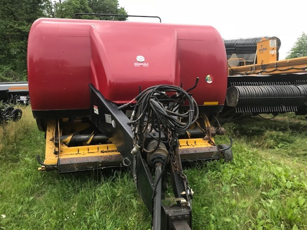 Used NEW HOLLAND BB9080 $29,500.00