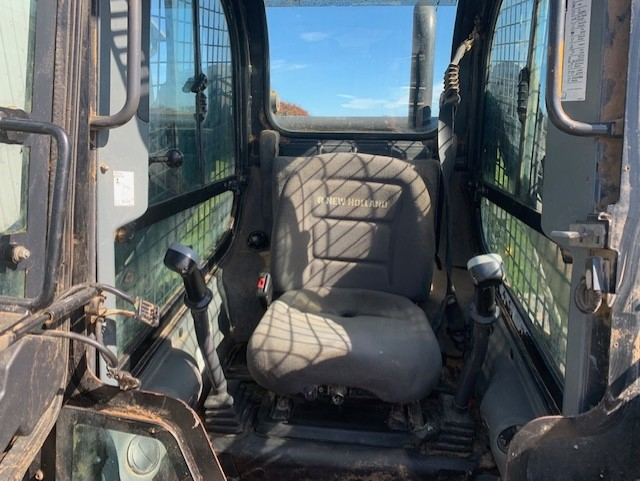 Used NEW HOLLAND L225 $19,500.00