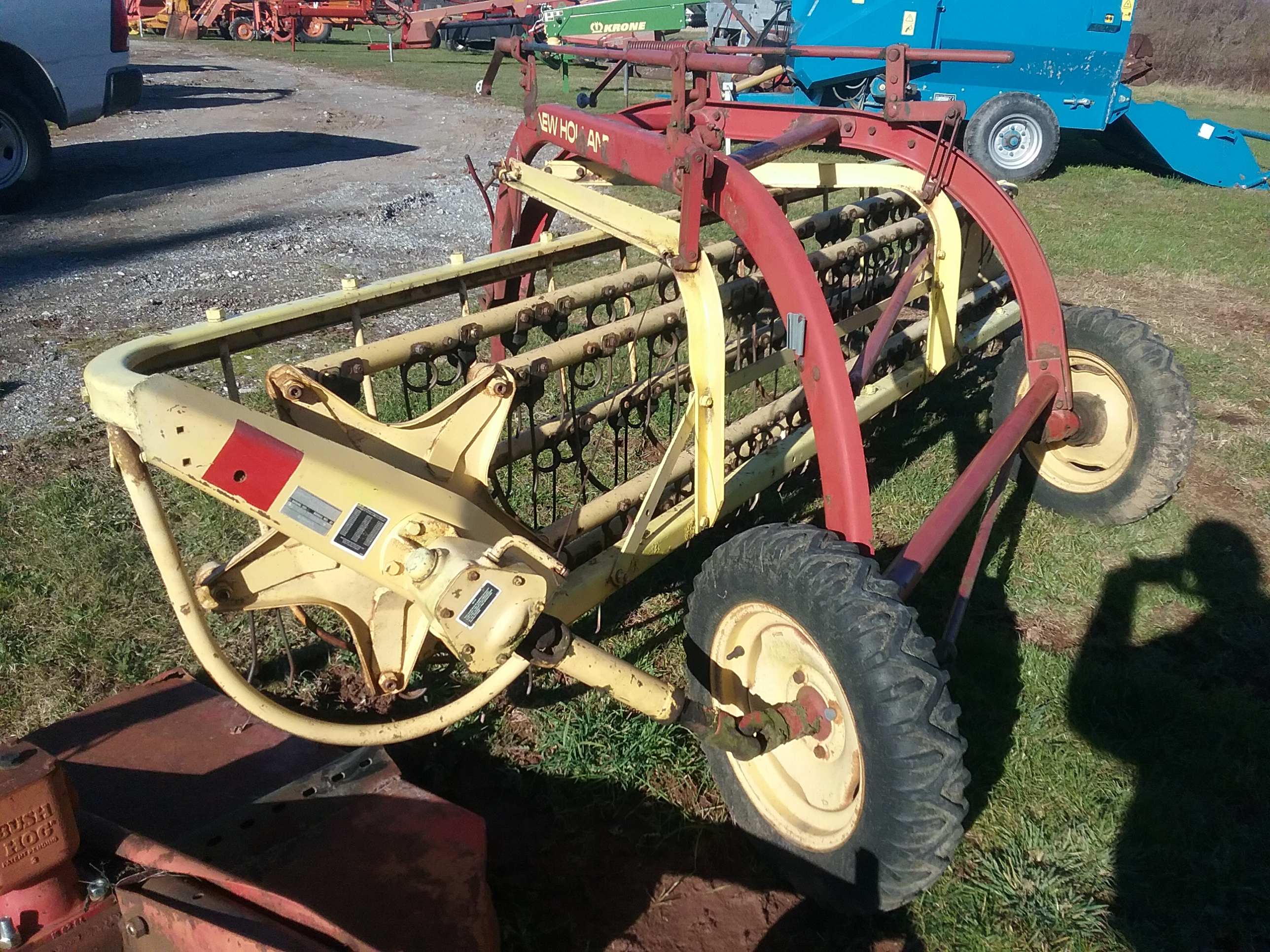 Used NEW HOLLAND 258 $2,150.00