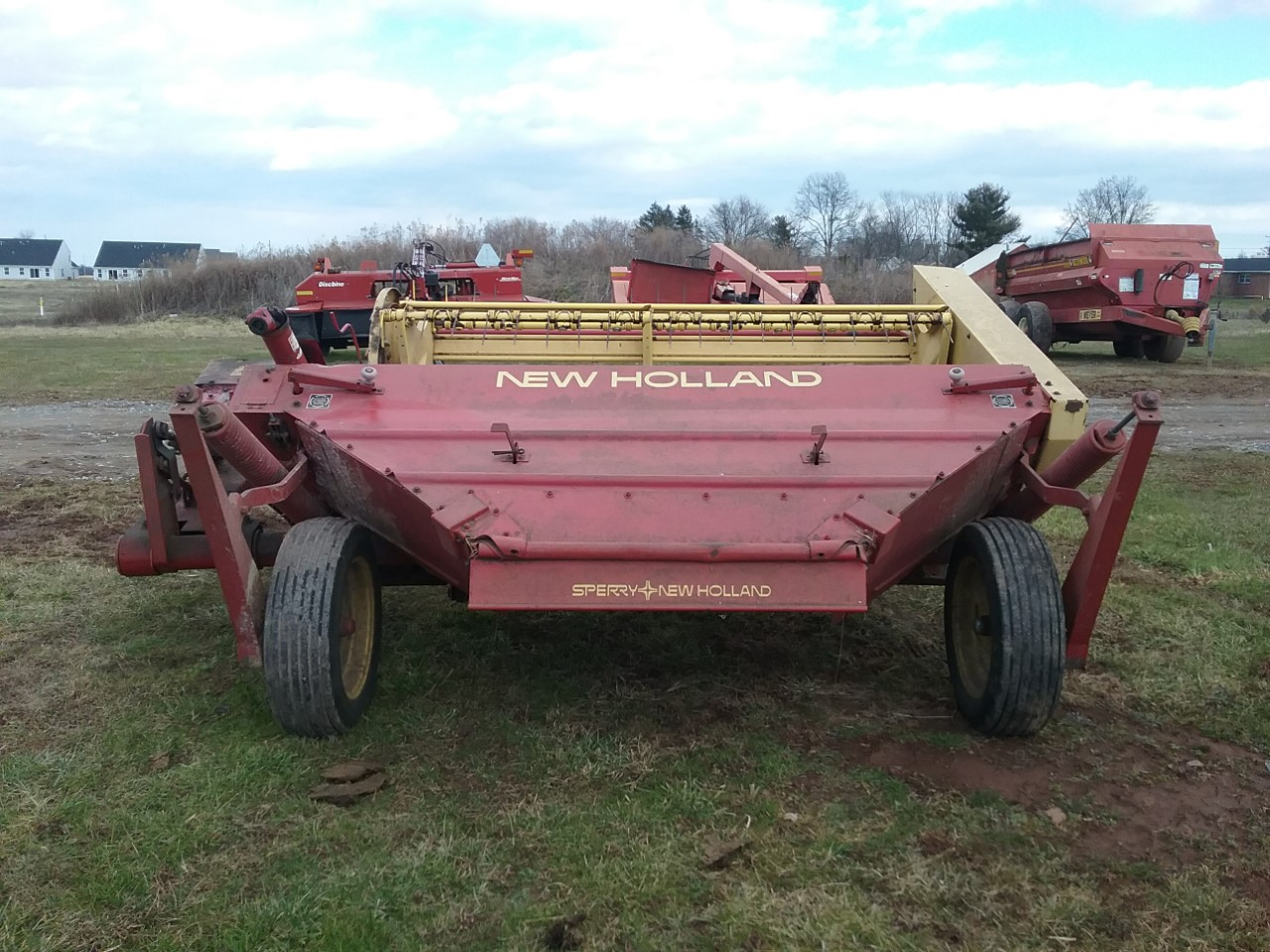 Used NEW HOLLAND 472 $3,900.00