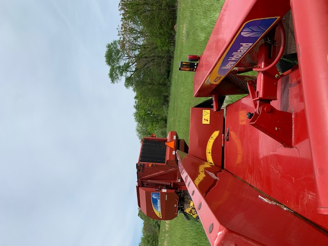 Used NEW HOLLAND H7230RSW $18,400.00