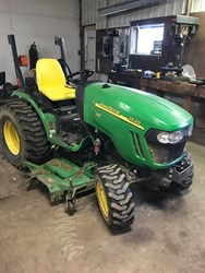 John Deere 2520 used picture