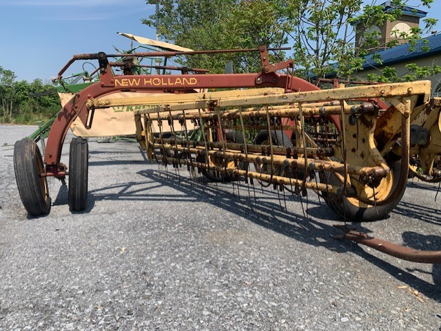 Used NEW HOLLAND 258 $2,495.00