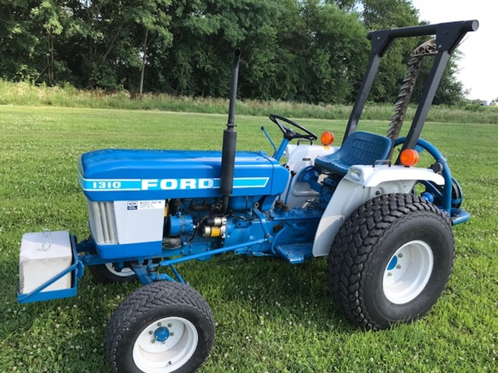 Used FORD 1310 $6,250.00