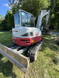 Takeuchi TB260 used picture
