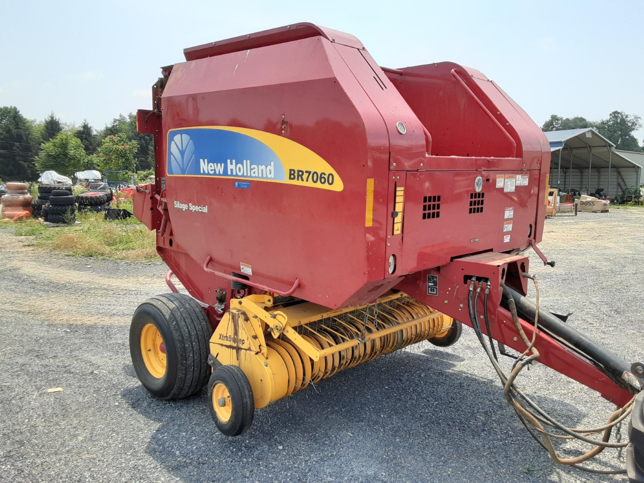Used NEW HOLLAND BR7060 $17,900.00