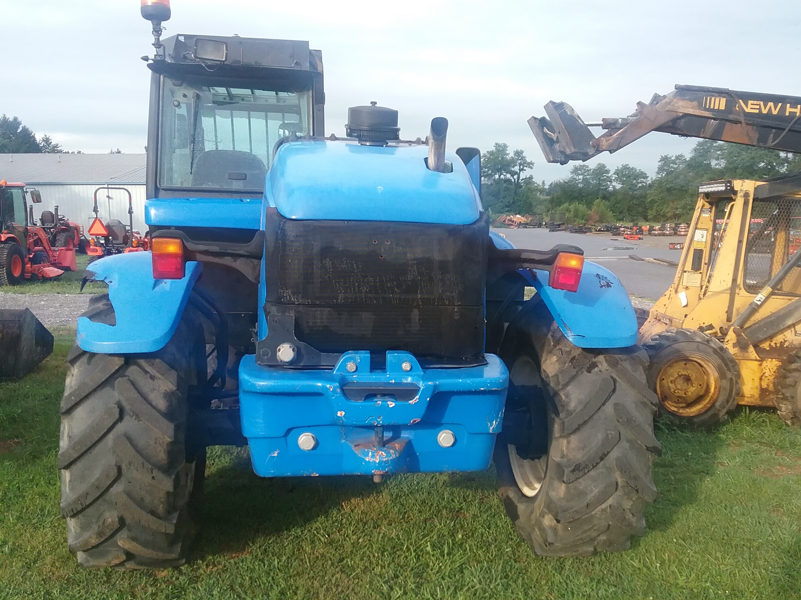 Used NEW HOLLAND LM415A $41,900.00