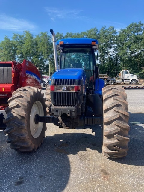 Used NEW HOLLAND TV145 $48,900.00