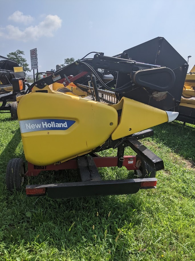 Used NEW HOLLAND CR9040 $129,900.00