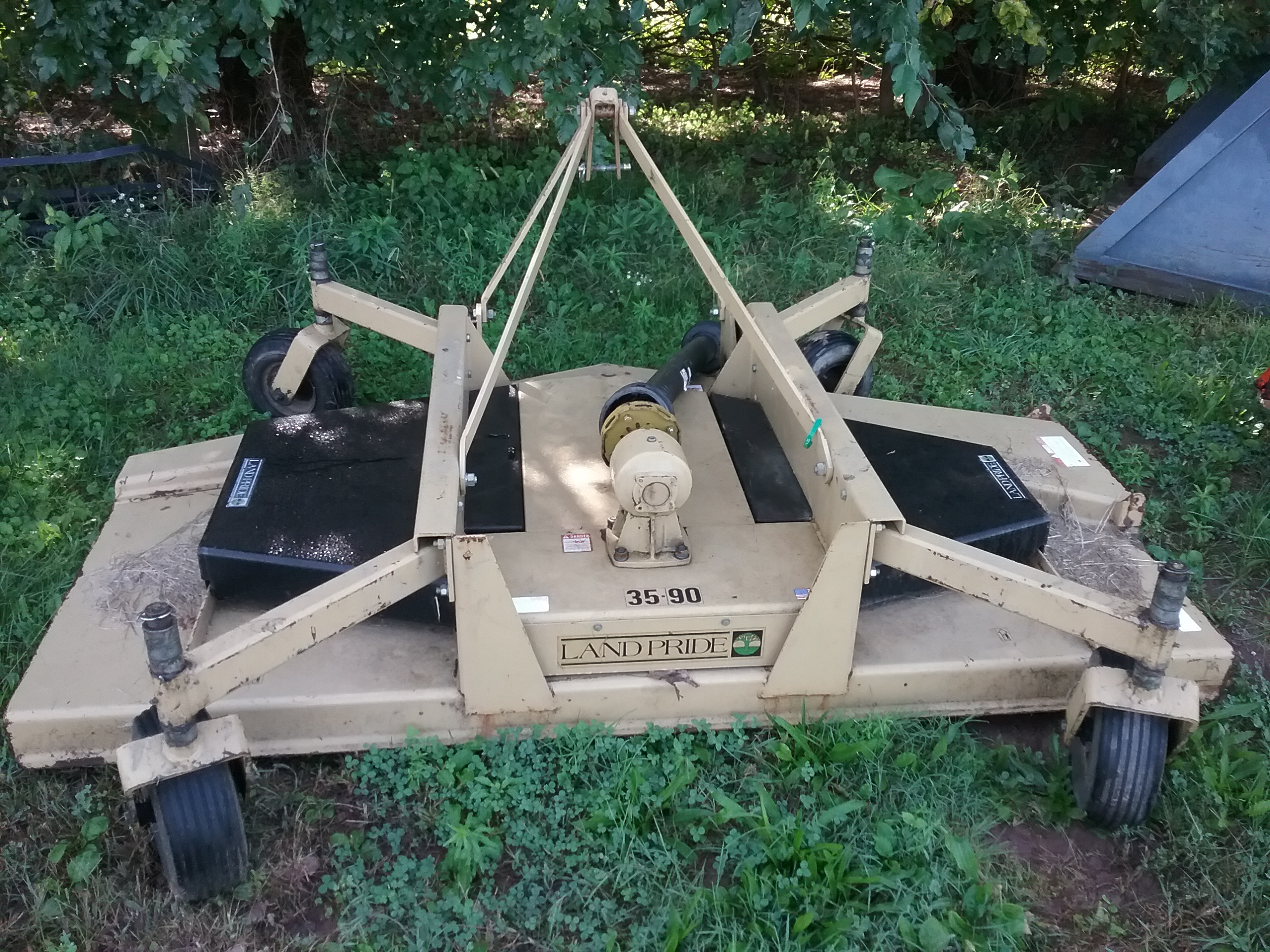 Used LAND PRIDE FDR3590 $2,250.00
