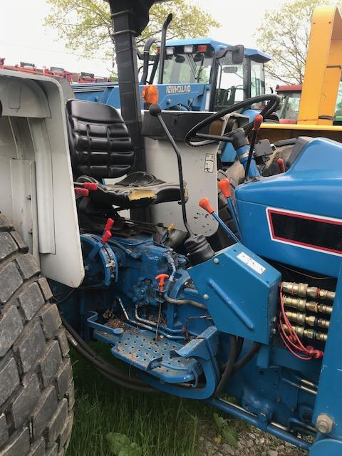Used FORD 4630 $13,900.00