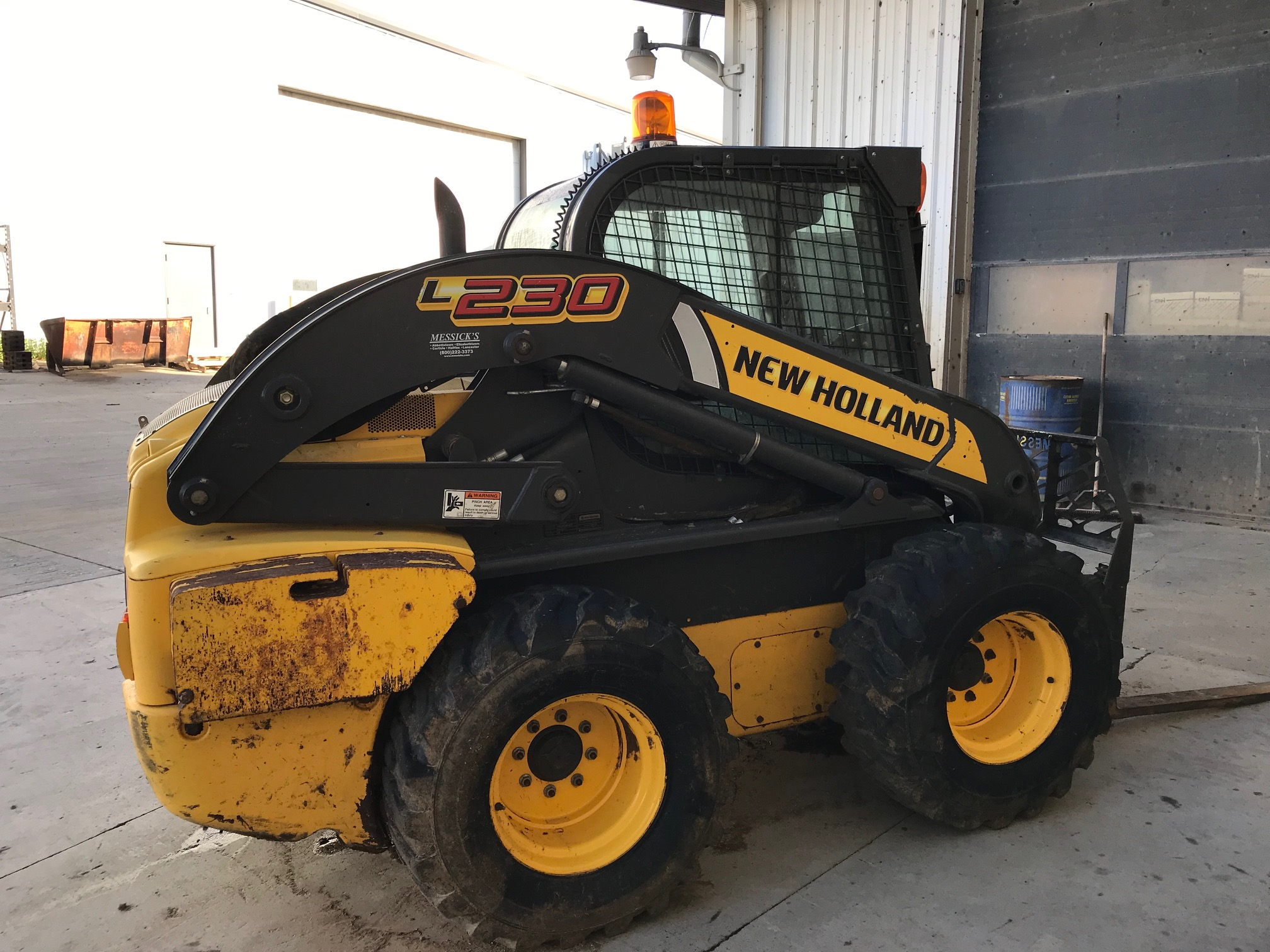 Used NEW HOLLAND L230 $27,900.00