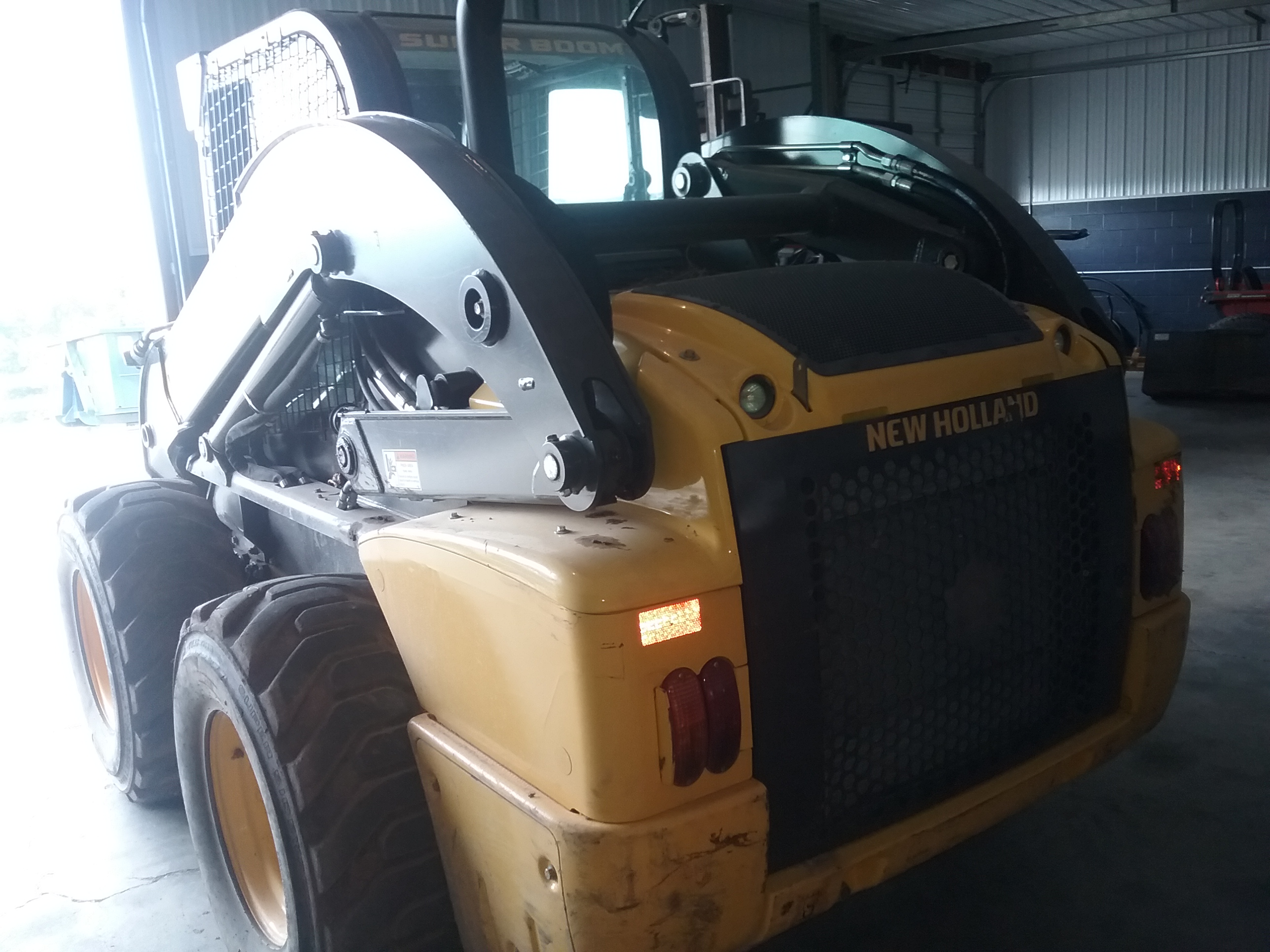Used NEW HOLLAND L230 $35,900.00