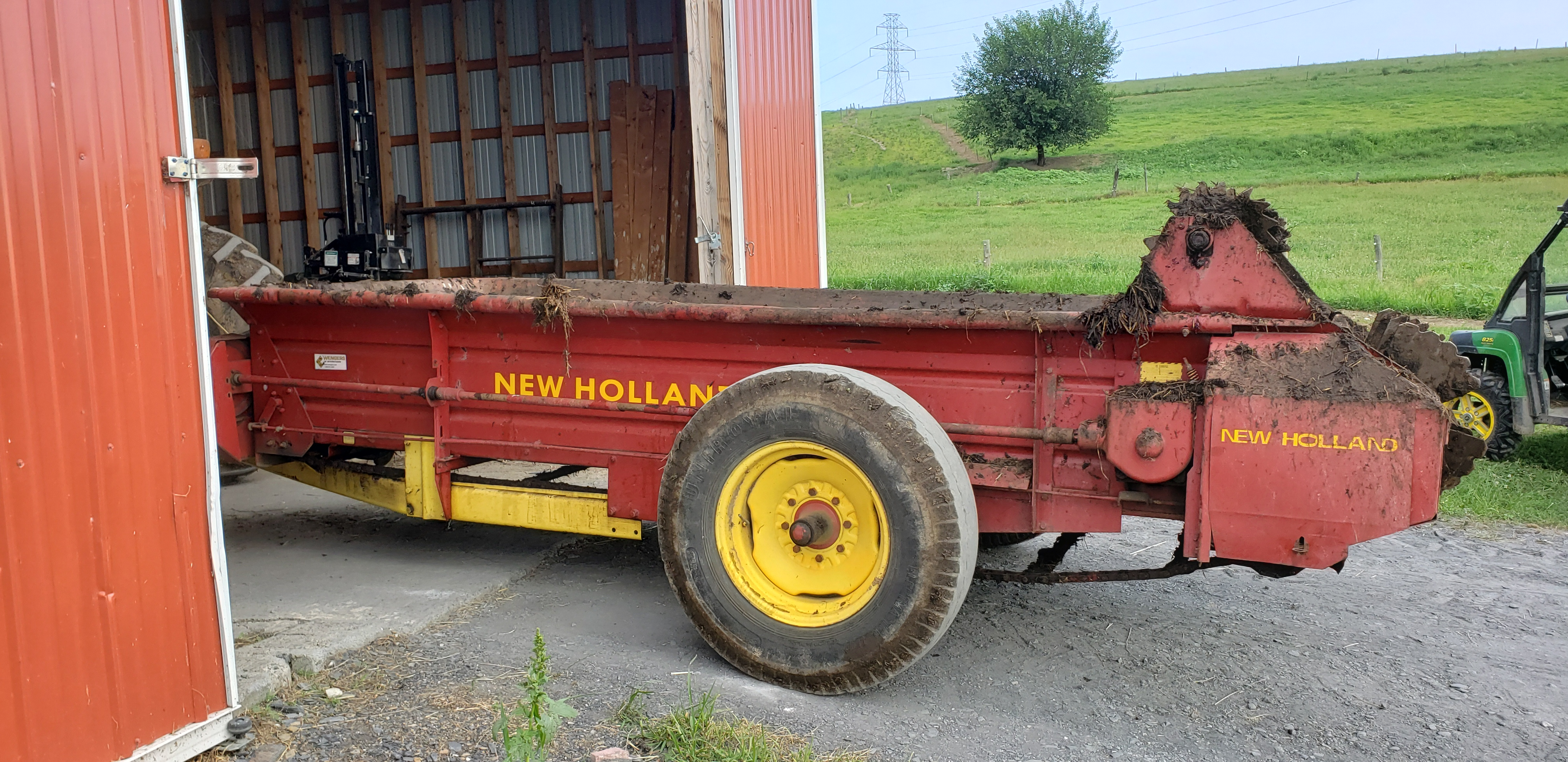 Used NEW HOLLAND 518 $4,850.00