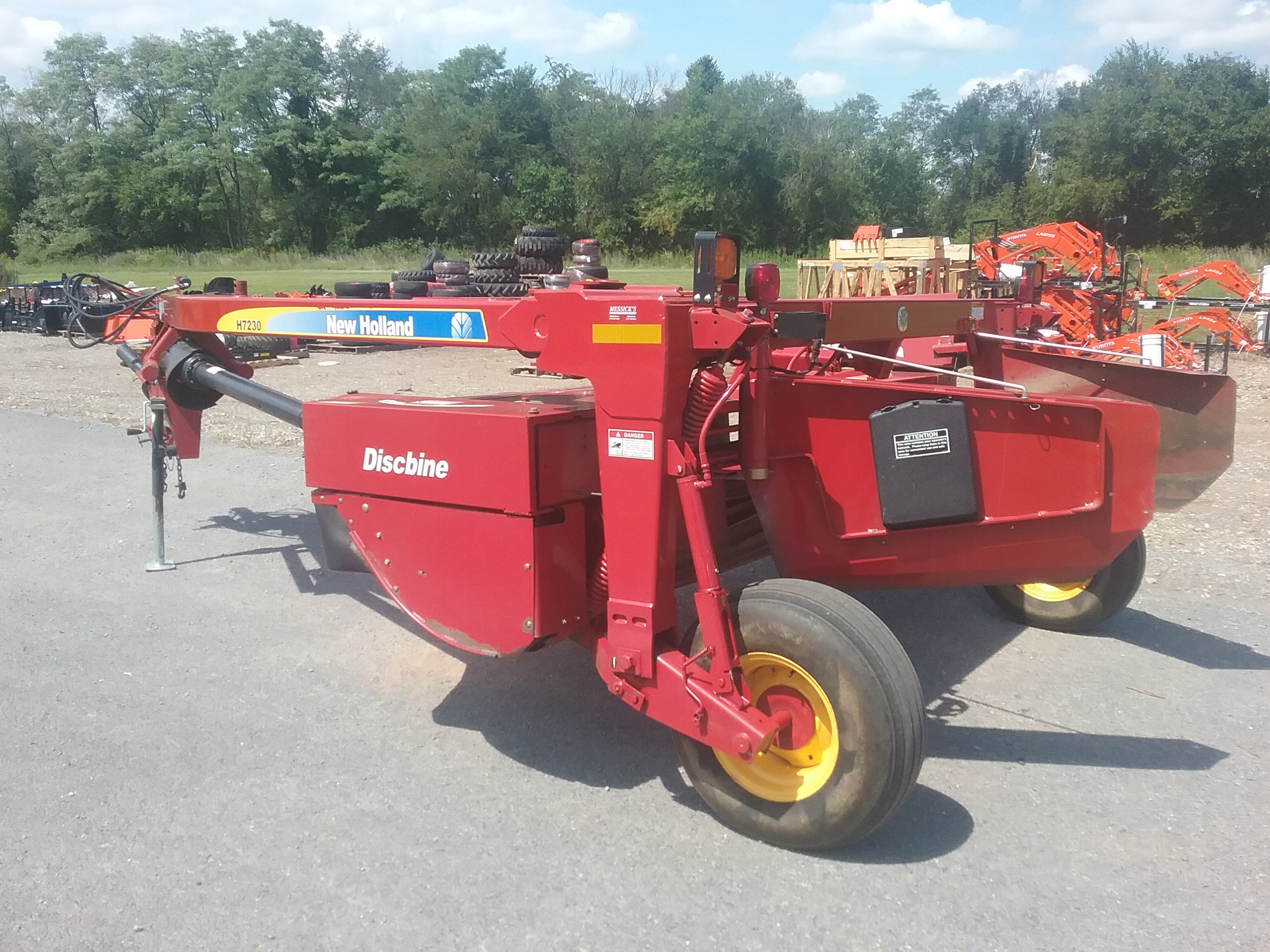 Used NEW HOLLAND H7230N $15,700.00