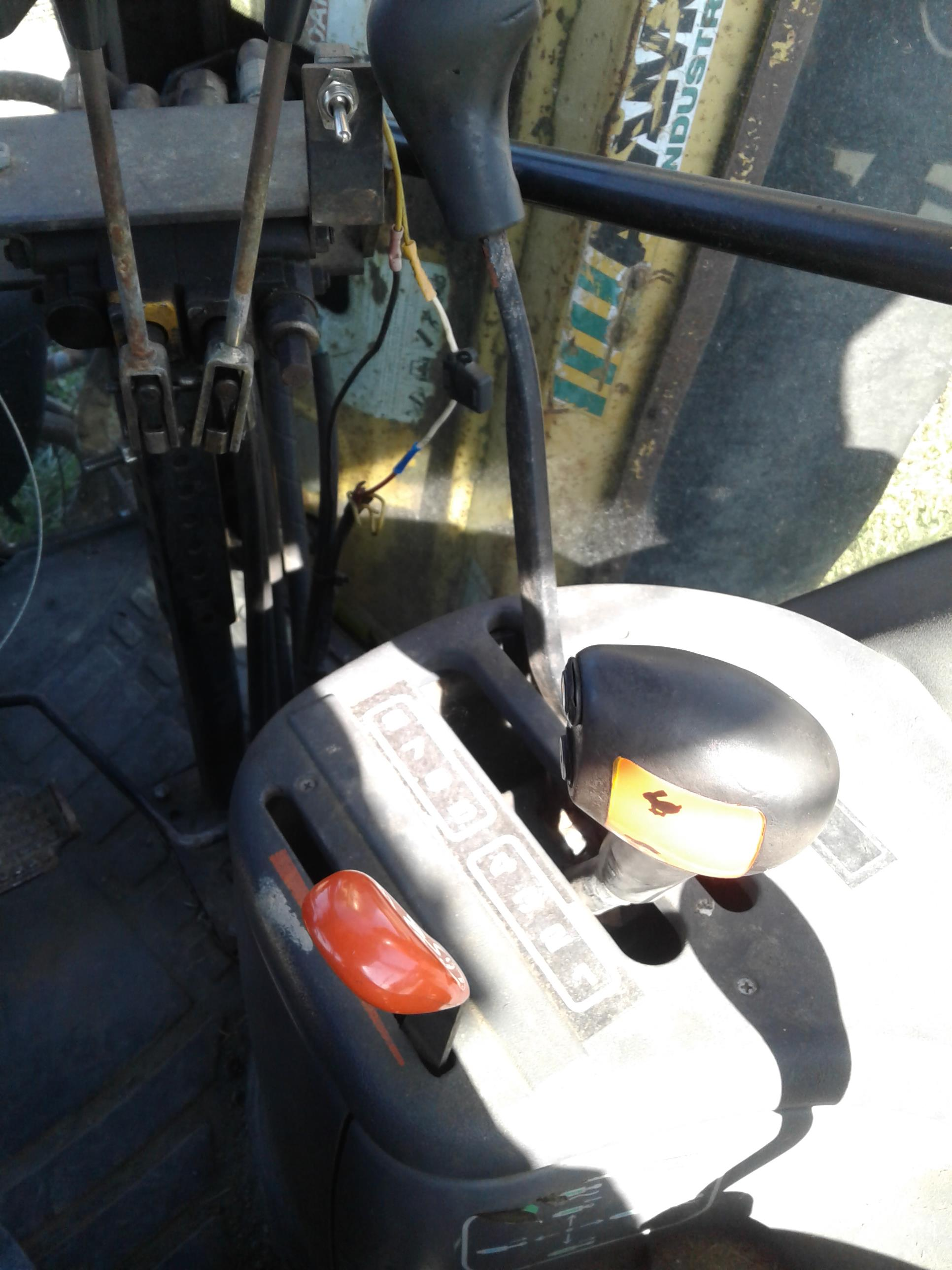 Used NEW HOLLAND TS110 $14,750.00