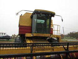 NEW HOLLAND TR96