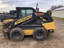 New Holland L225 used picture