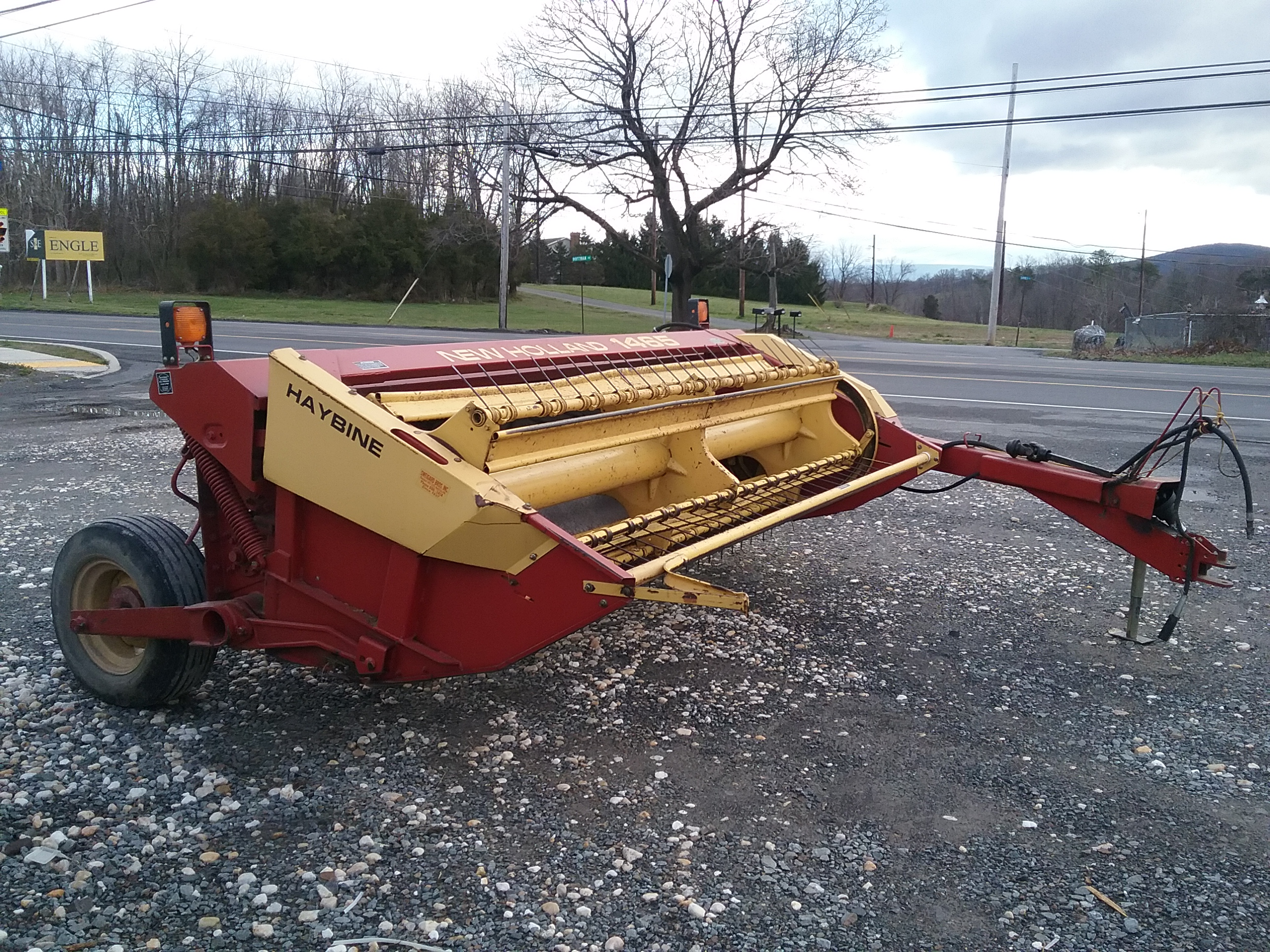 Used NEW HOLLAND 1465 $4,700.00