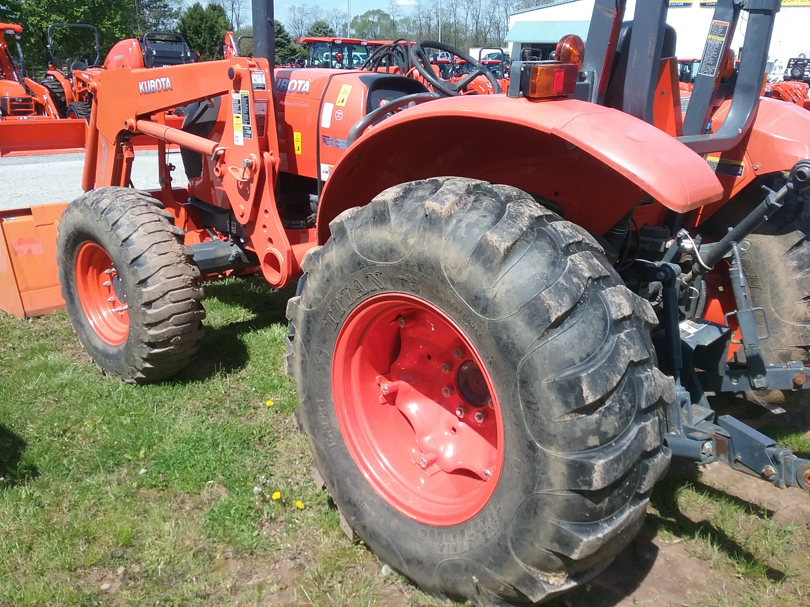 Used KUBOTA M6060HD $27,900.00