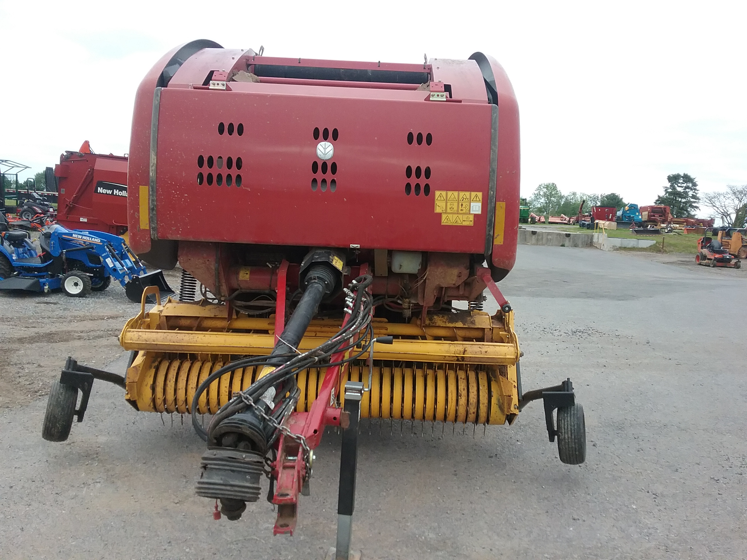 Used NEW HOLLAND ROLL-BELT 450RC $22,900.00